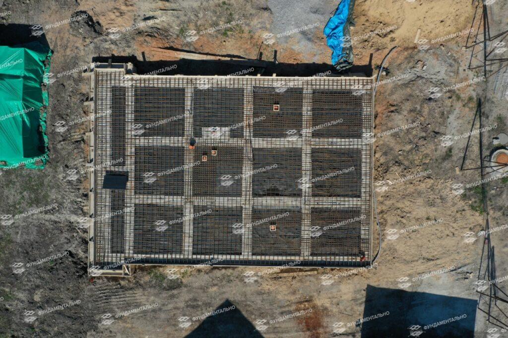 Фундамент монолитная плита - фото 11